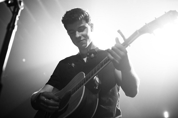 Shawn Mendes at Verizon Center